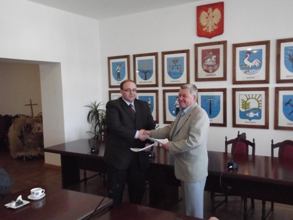 Podpisanie umowy z wykonawcą kontraktu nr 2 - 03.09.2011 r. 2